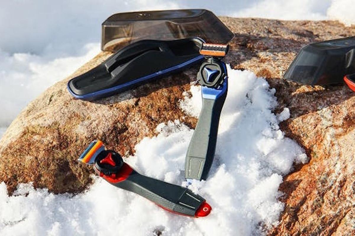 The Trazor all-in-one shaving systemis compatible with over 40 different razor blade cartridges
