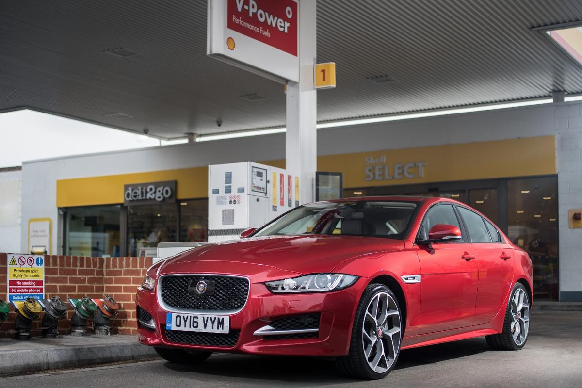 The Jaguar XE supports the Shell mobile pay app