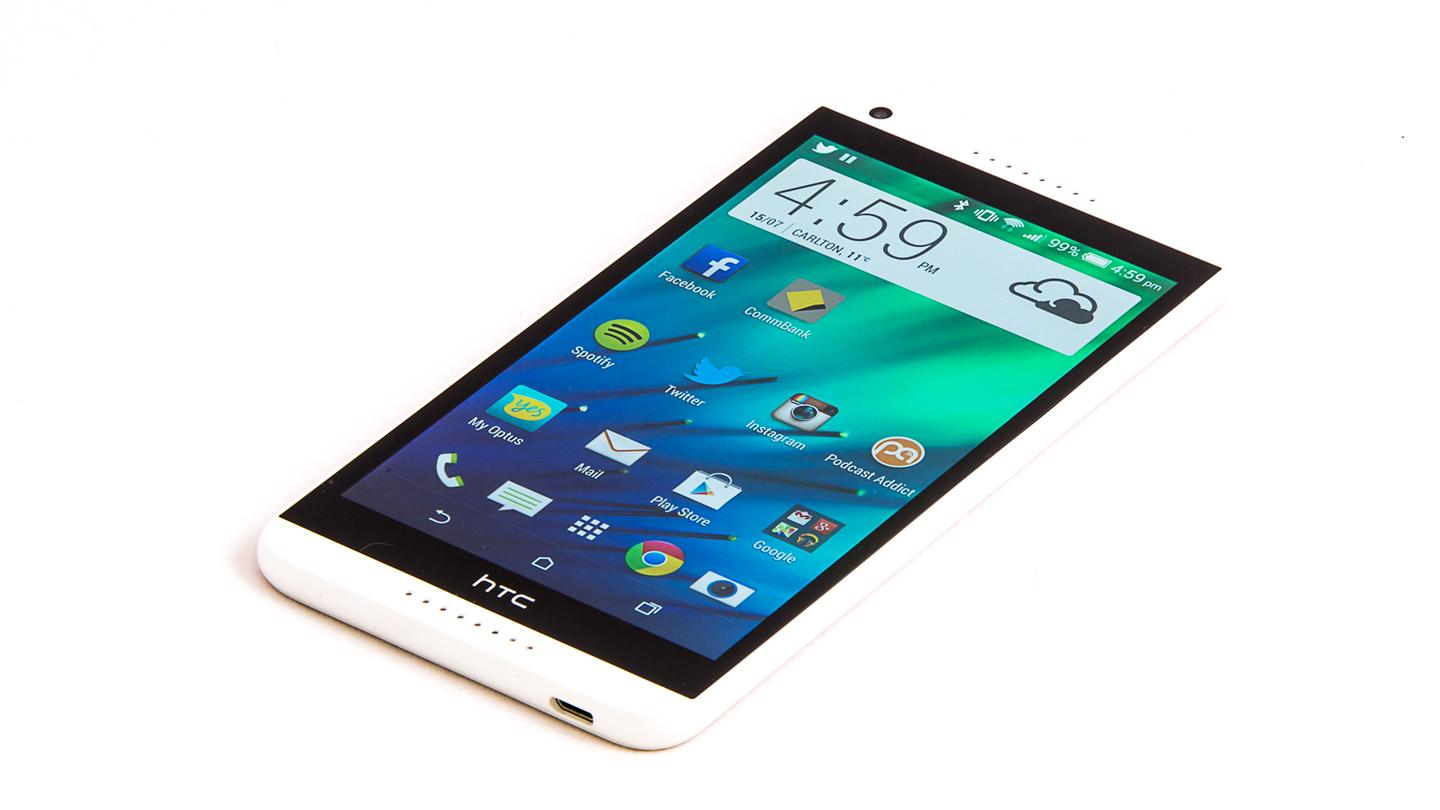 The HTC Desire 816 runs on Andoird 4.4.2 KitKat with Sense 6, HTC's custom interface over the top