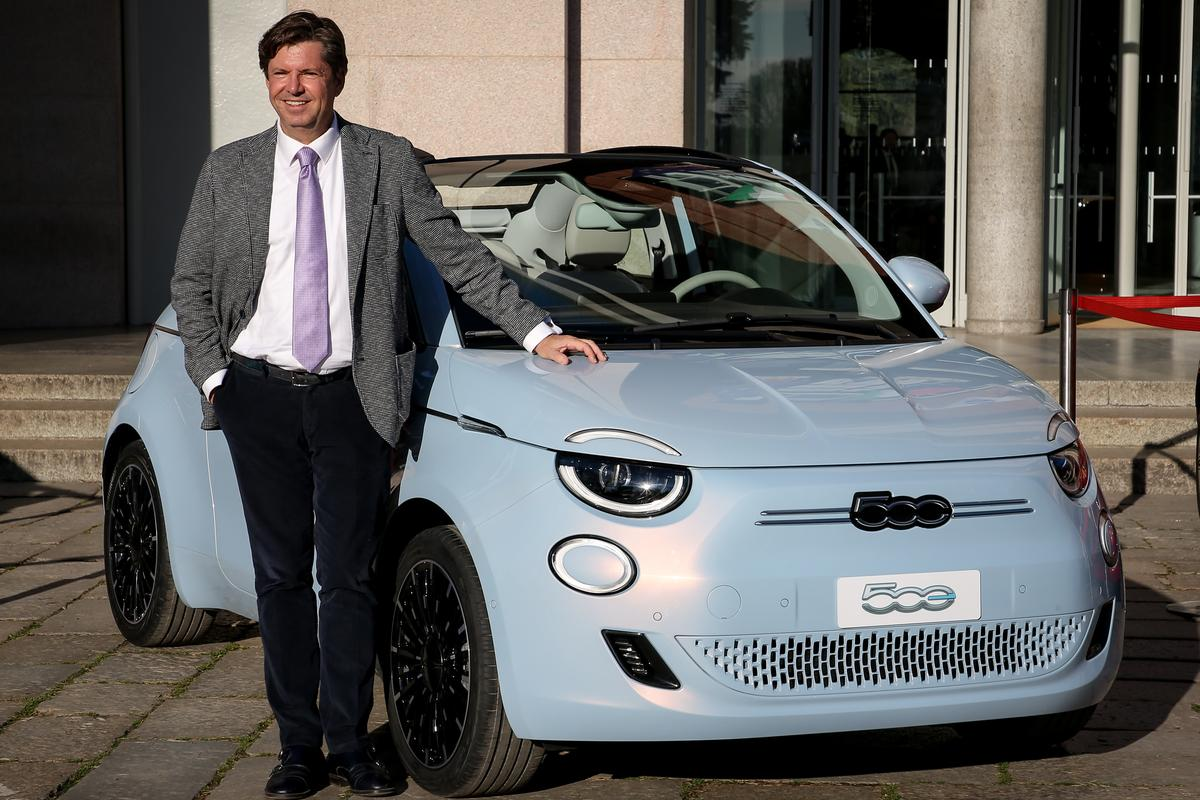Brand president Olivier Francosis launches the all-electric Fiat 500 city car