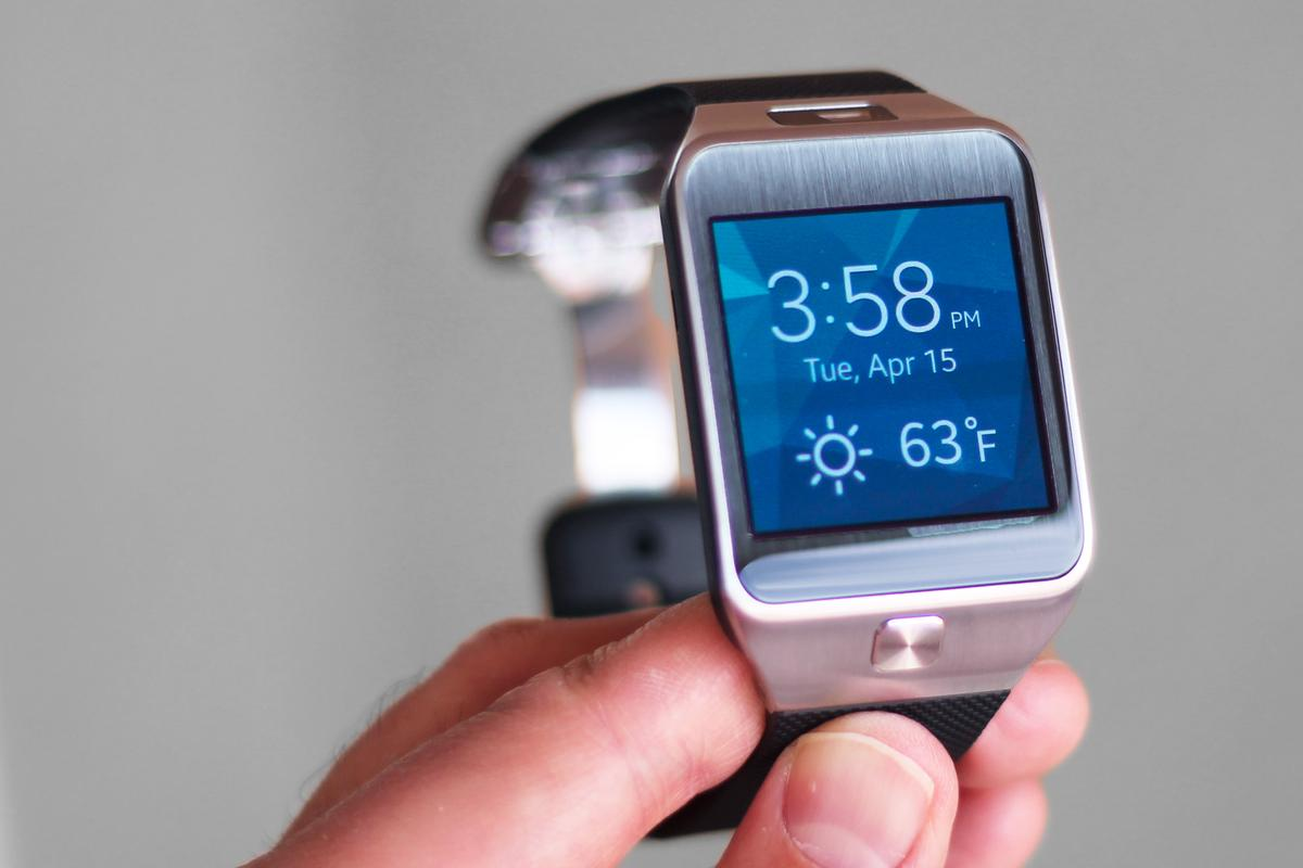 Gizmag reviews the Gear 2, Samsung's early sequel to the Galaxy Gear