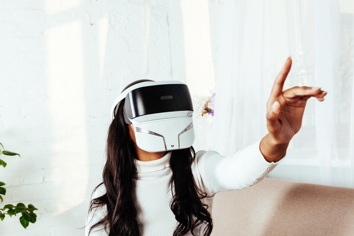 The FeelReal Multi-Sensory VR Mask is designed to add a sense of smell to VR videos and games