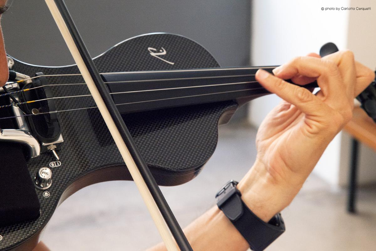 The iV electric violin from Liutaly marries modern materials and mobile technology with a classic form factor