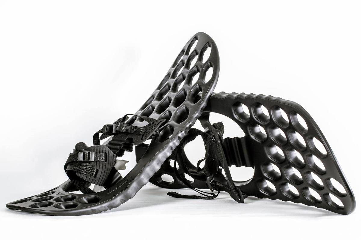 "Fimbulvetr snowshoes combine a thermoplastic deck with a patented ""all-direction hinge"""