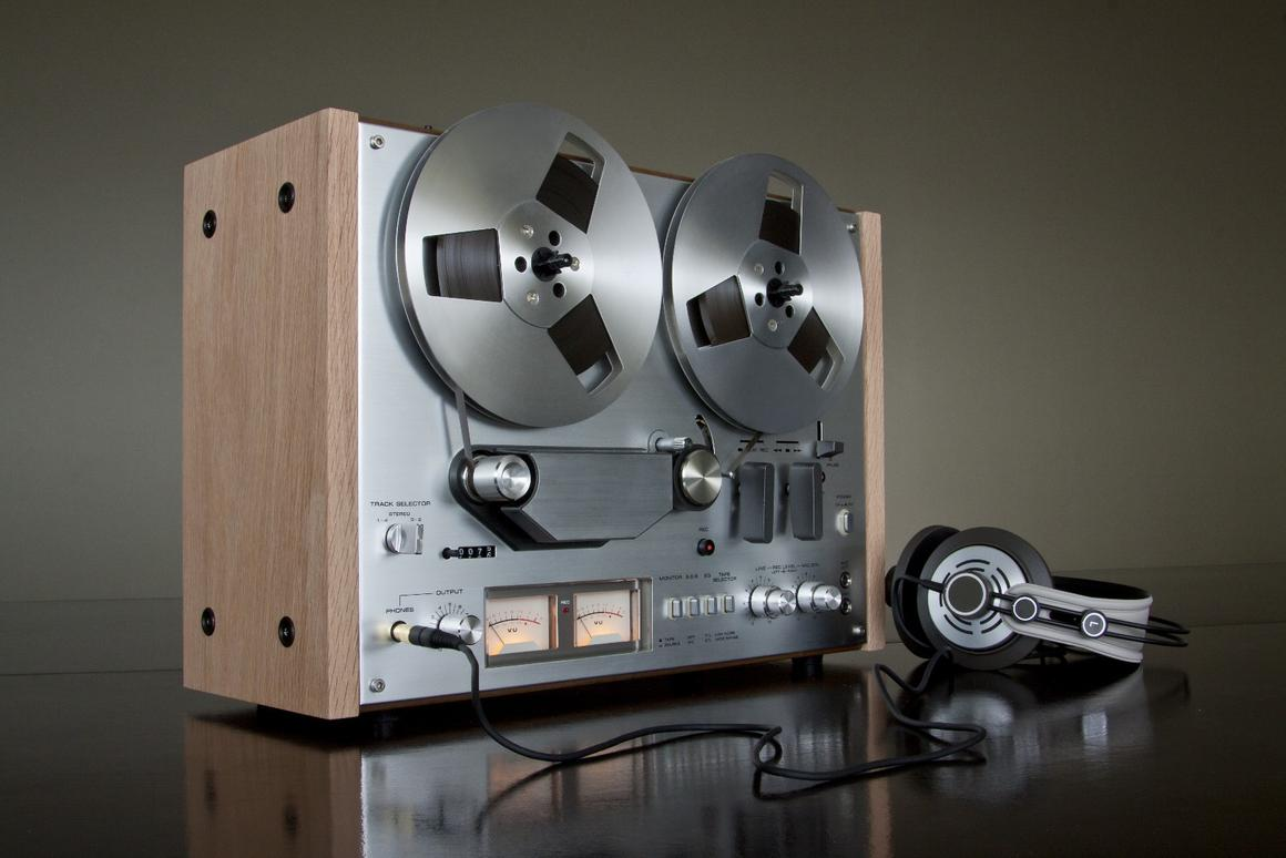 Project R2R building new reel-to-reel tape machine