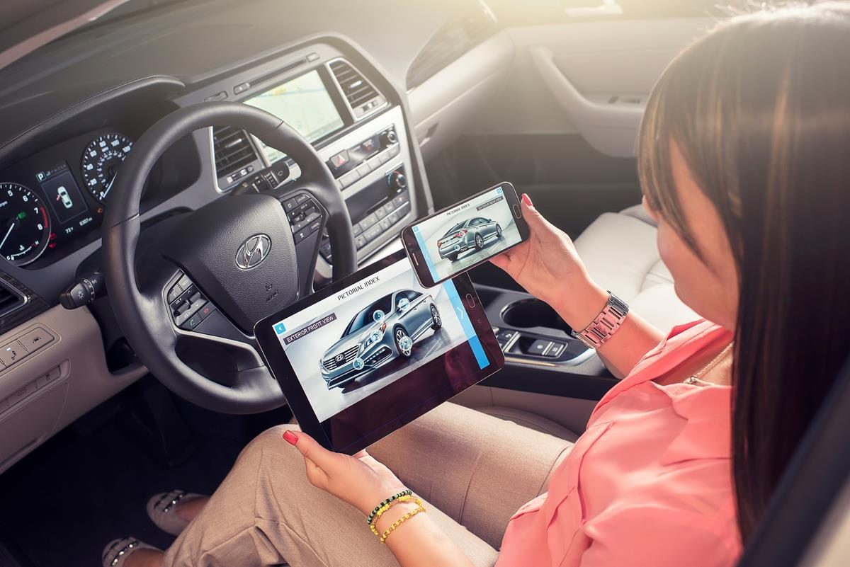 The Hyundai Virtual Guide app includes instructional videos and interactive screens explaining many vehicle features