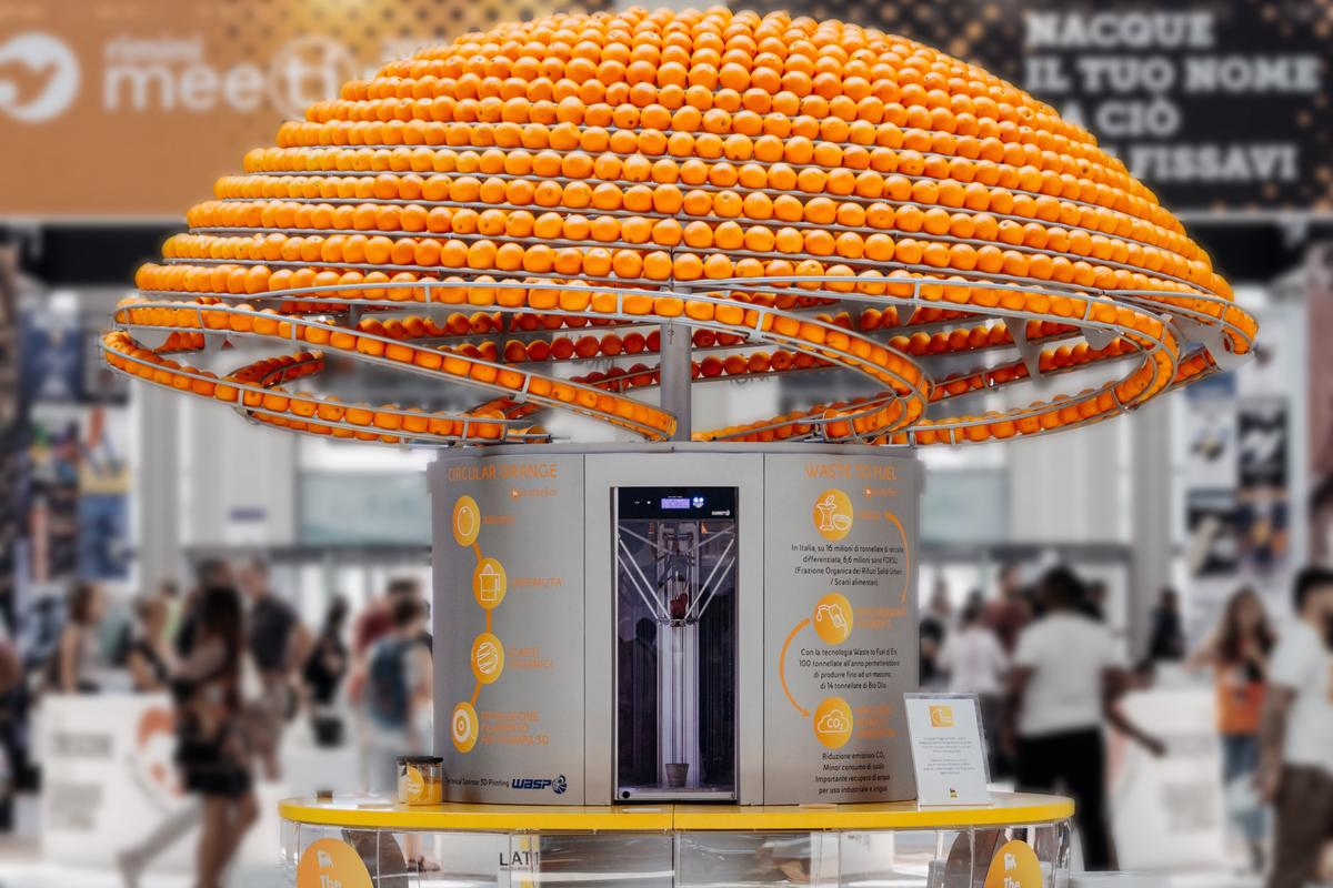 The Feel the Peel juice kiosk will be travelling across Italy over the next few months