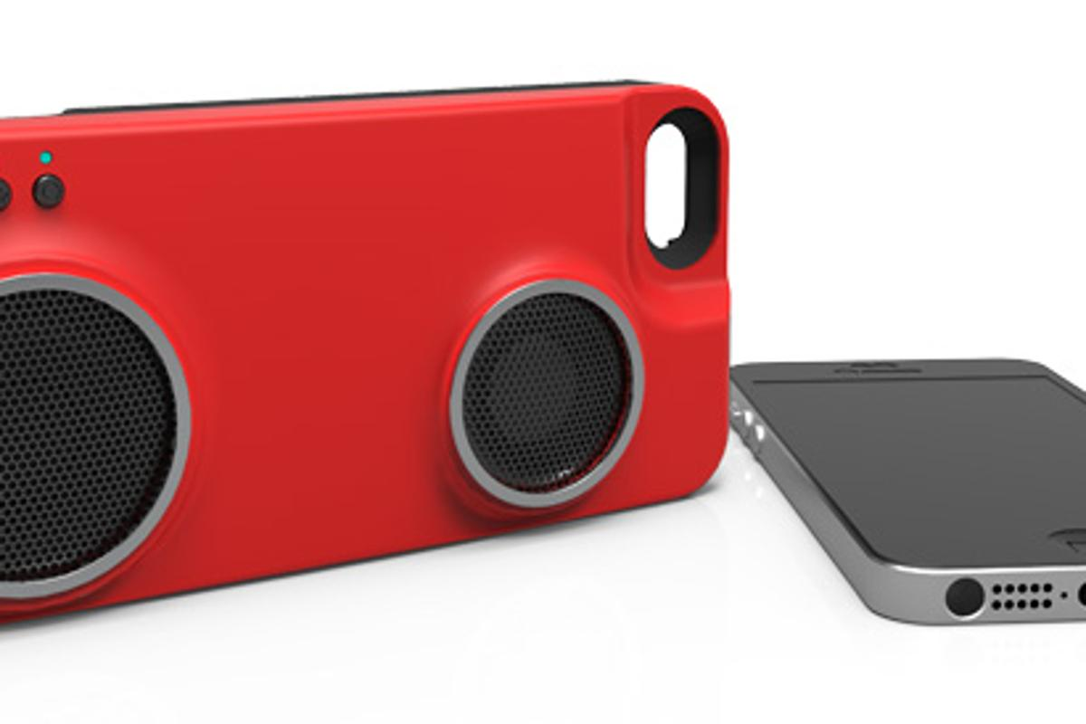 Peri Duo is a speaker and battery case for the iPhone