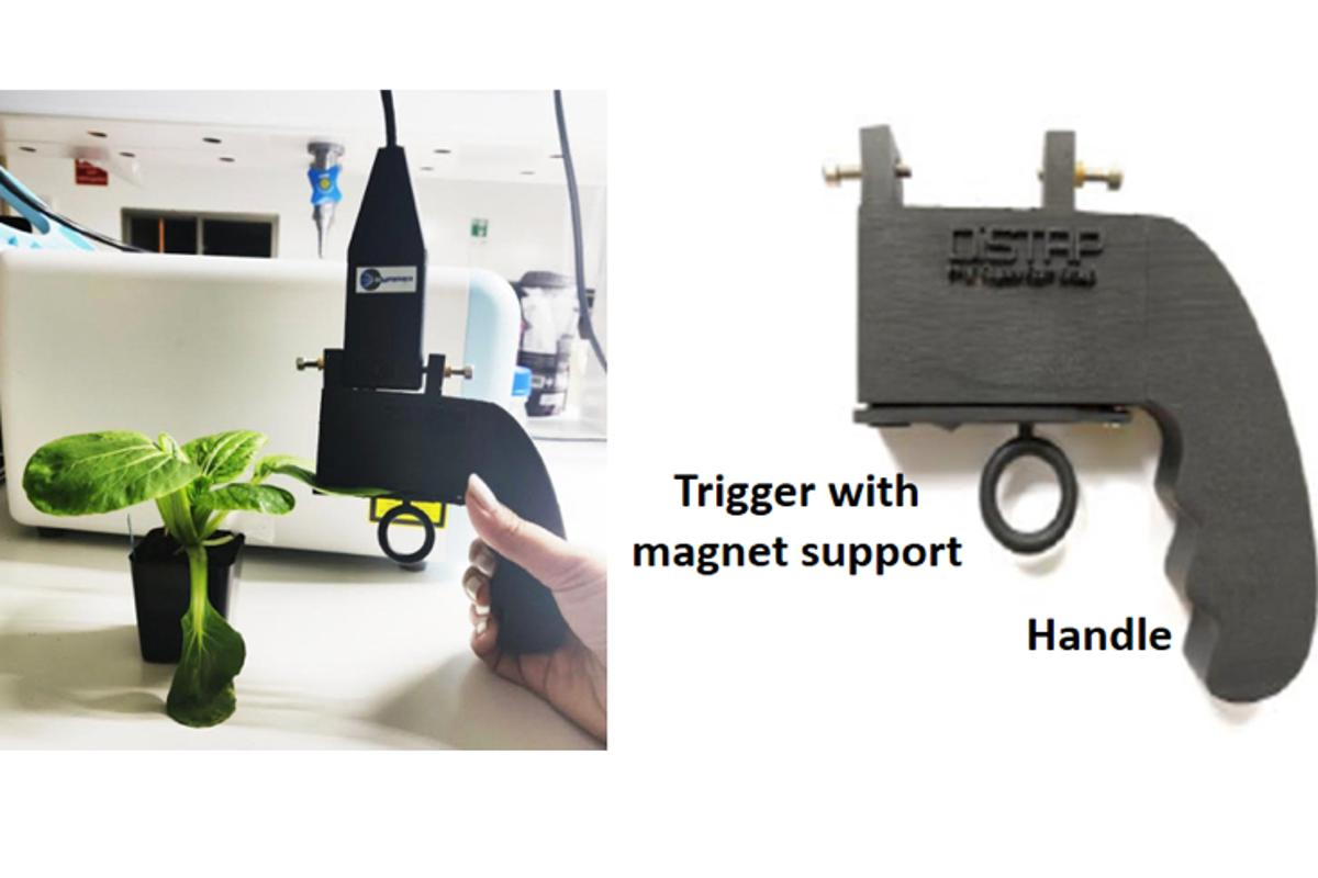 The prototype was made by Singaporean company Technospex, and incorporates a 3D-printed leaf clip built around a Raman probe assembly