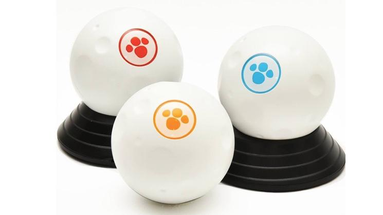 GomiBall measures 63 mm across, and weighs 160 g (5.6 oz)