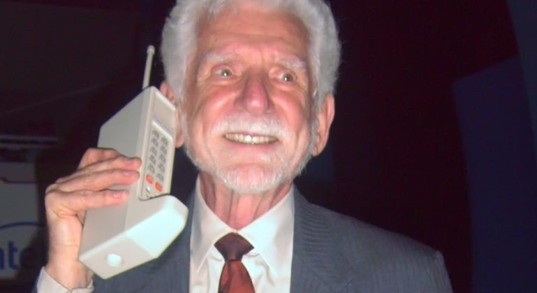 Martin Cooper invented the first cell phone (Photo: Rico Shen)