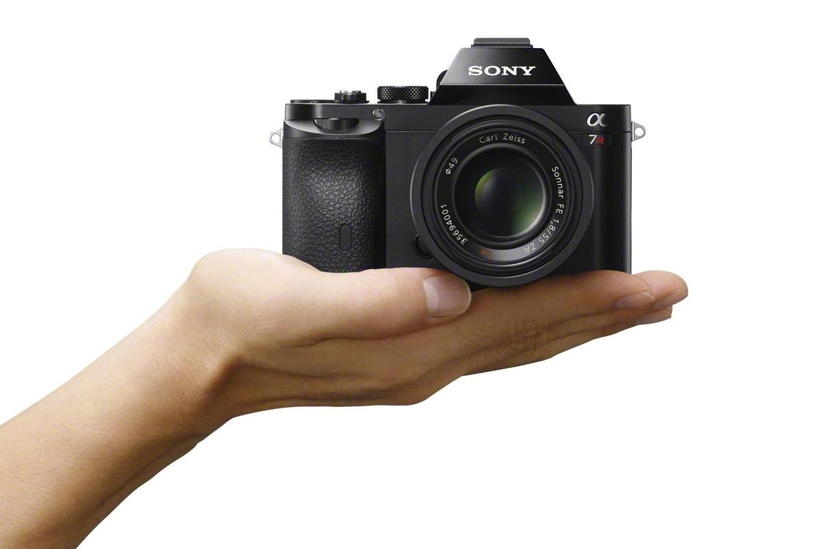 The Sony A7 and A7R have each received a number of performance boosts thanks to new firmware updates