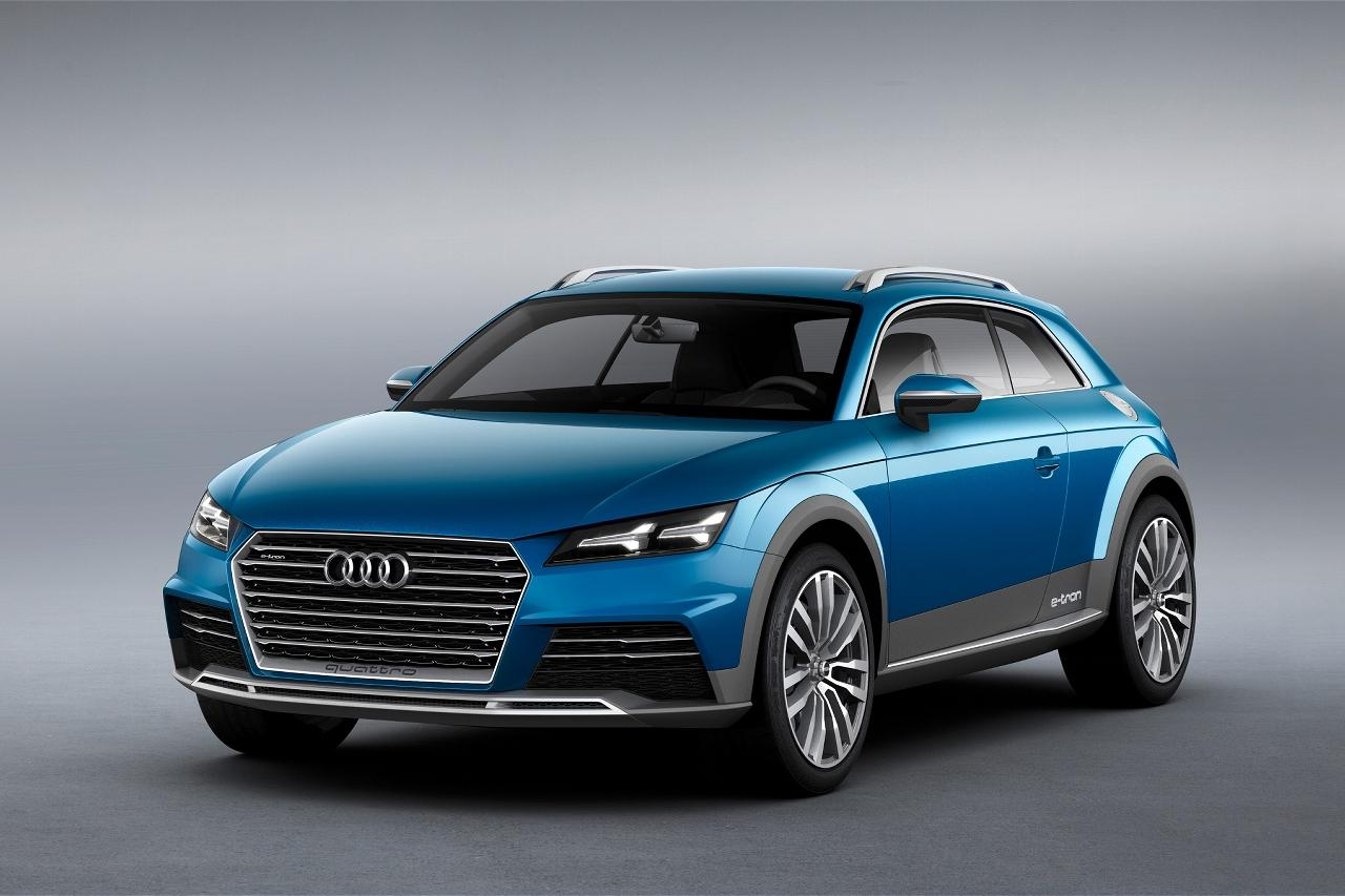 Audi reports 408 hp and 479 lb.ft of torque when combining power outputs from both the 2.0 TFSI turbocharged 4 cylinder and the 300 kW electric motor