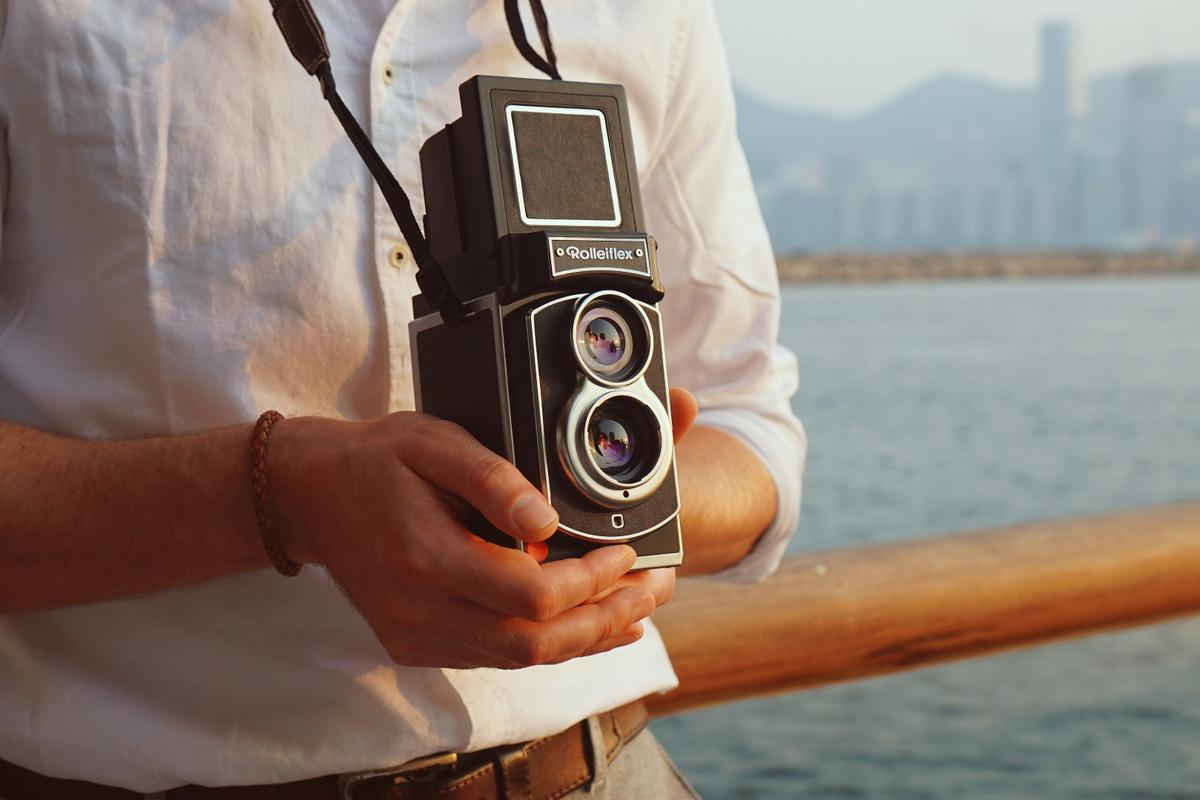 Rollei is raising production funds for the Rolleiflex Instant Kamera on Kickstarter