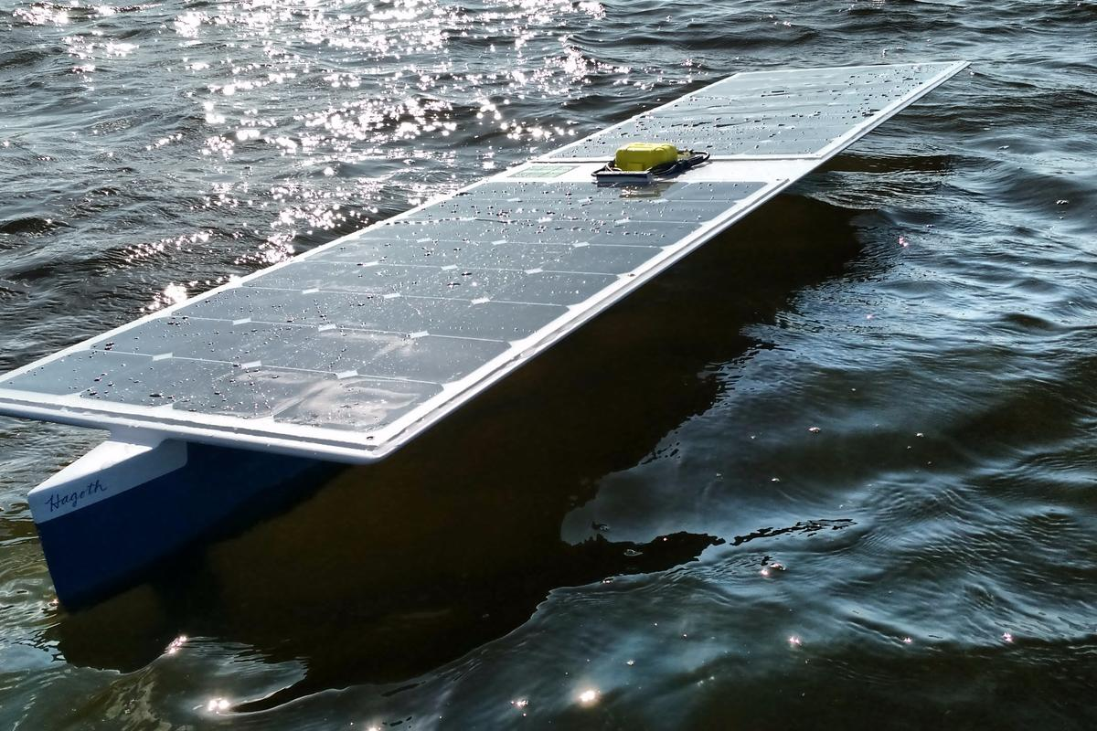 The Seacharger is topped by two Renogy PV panels and has a 50 cell LiFePo4 battery bank in its thruster pod
