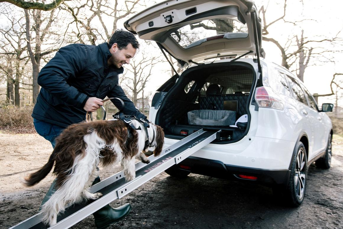 Nissan experiments with a dog-friendly SUV in theX-Trail 4Dogs concept