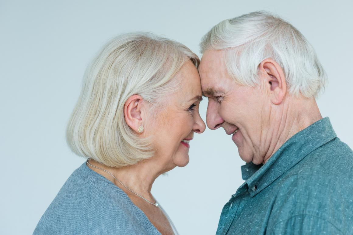 Differences in the way toxic proteins spread through male and female brains could help explain why more women suffer from Alzheimer's compared to men