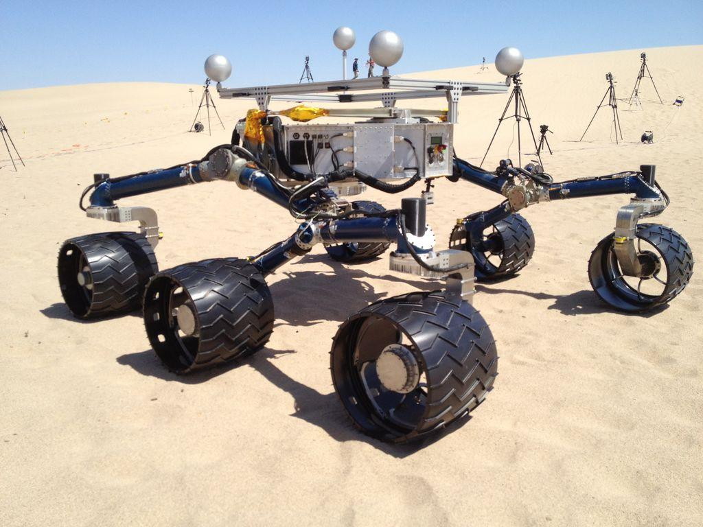 As part of the hardware testing, an exact copy of the Curiosity rover was created and tested on representative Martian landscapes (Image: NASA/JPL-Caltech)