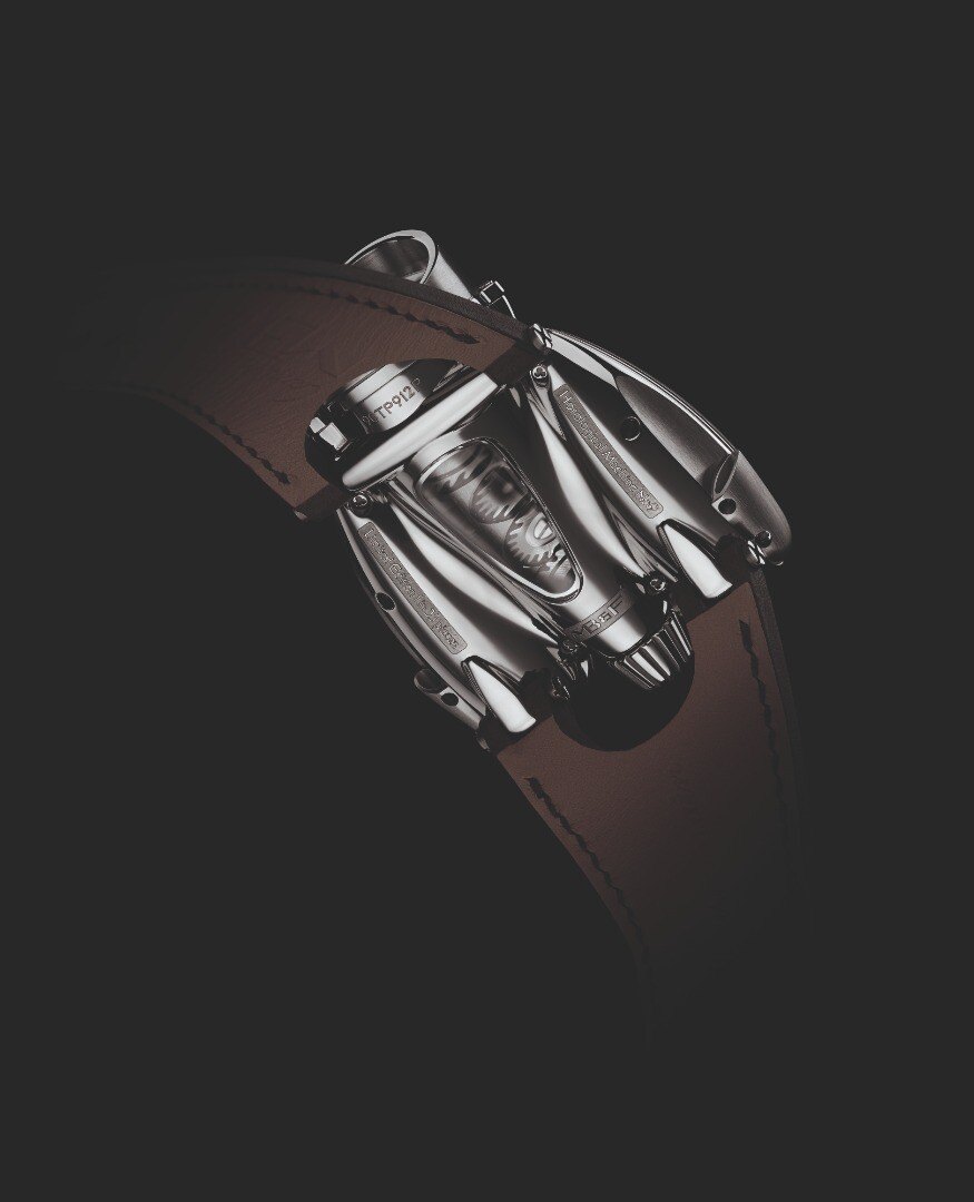 The MB&F HM9 Flow has five crystals