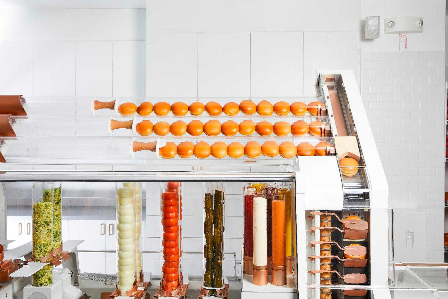 The Creator robot slices and butters the brioche buns only as each burger is being made, plus it applies a variety of gourmet sauces and seasonings