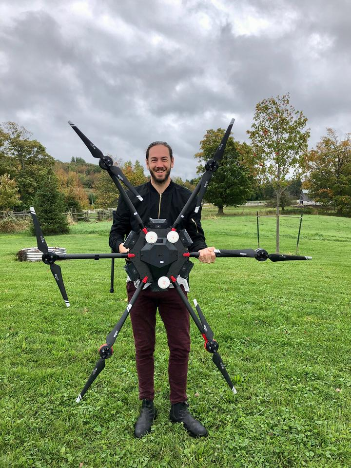 Flash Forest combines the use of drones with specially-designed pods and an accelerated seed germination process