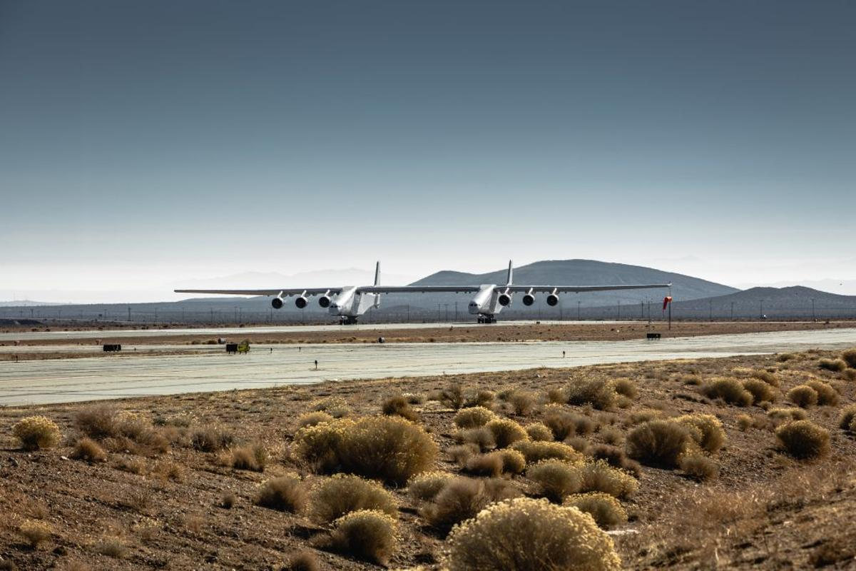 The latest taxi test brings Stratolaunch closer to take-off