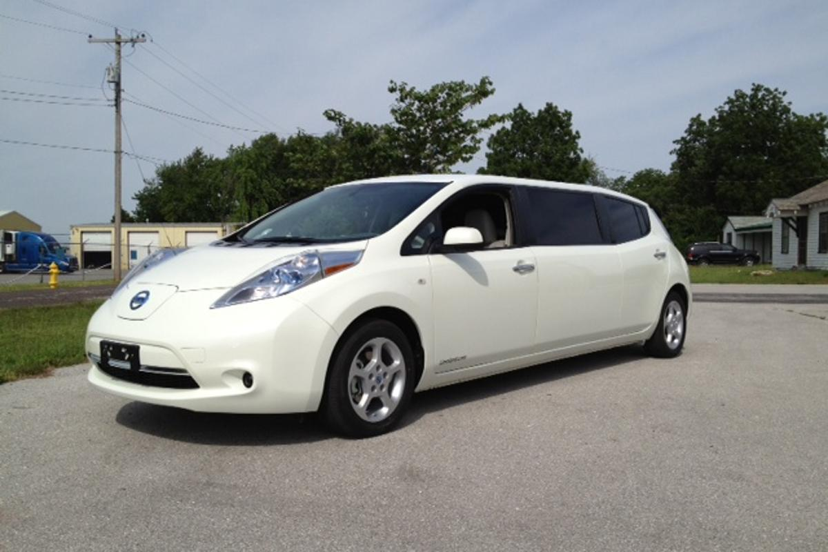A Nashville hotel now shuttles its VIP guests in an all-electric Nissan Leaf limousine (Photo: Imperial LimoLand)