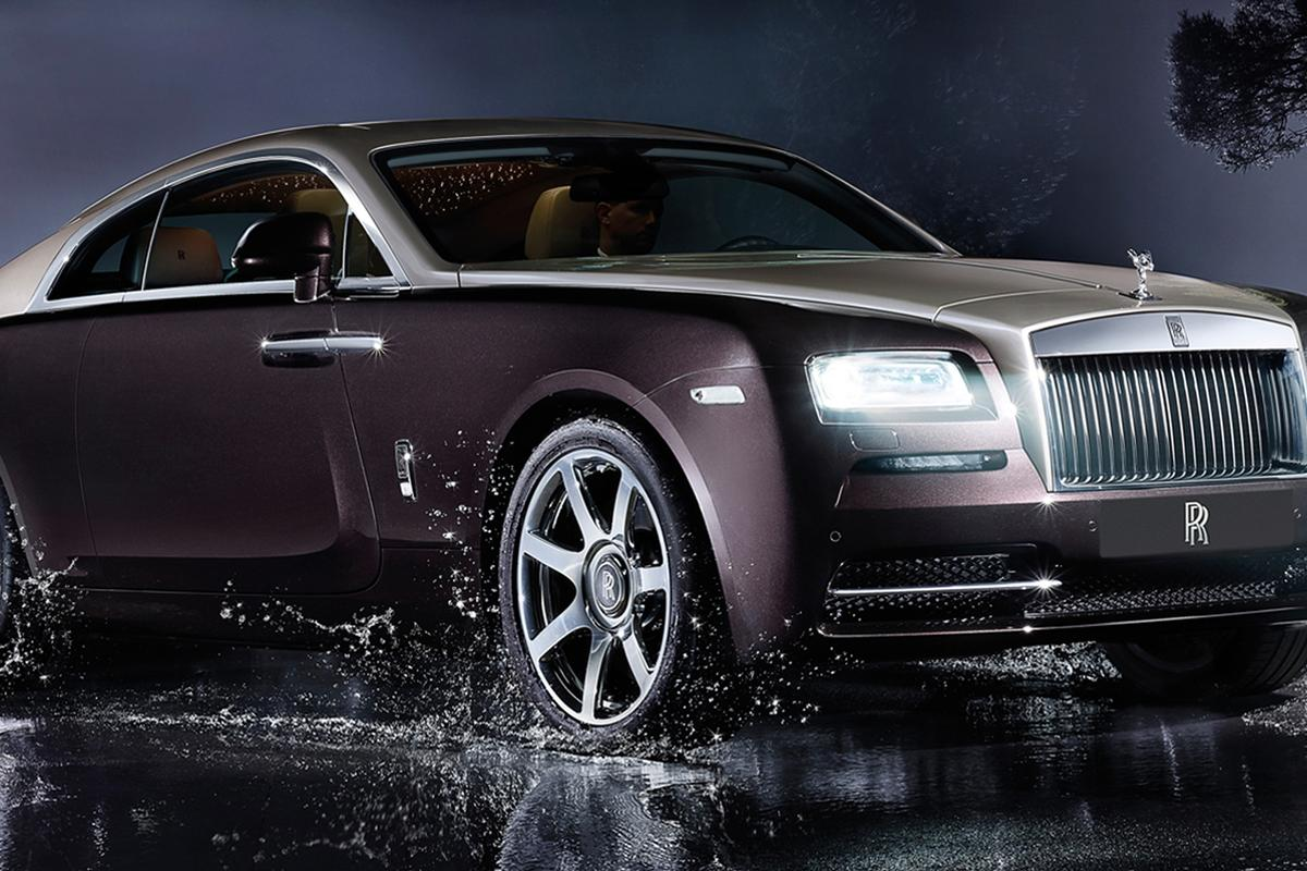 Producing a refined 624 hp (465 kW), the Wraith is the most powerful Rolls Royce ever