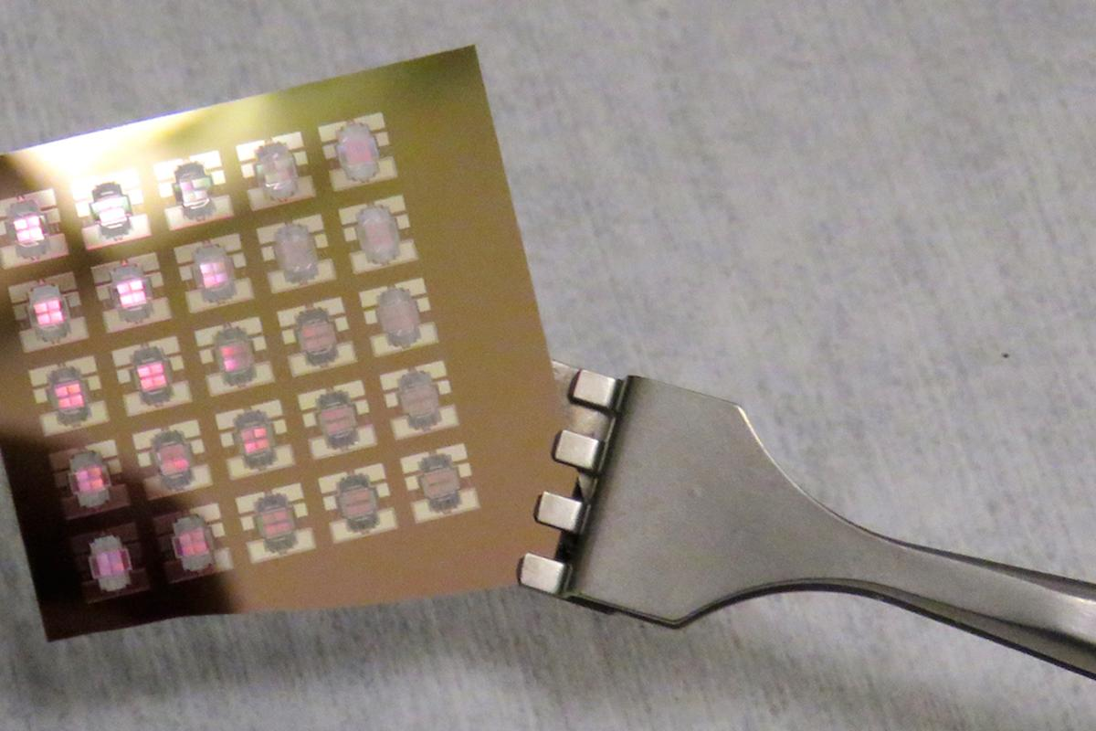 A thermal diode, an electronic component that runs on heat instead of electricity, could lead to the creation of heat-resistant computers