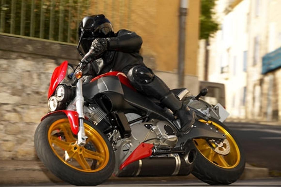 Buell XB12S Lightning - something completely different