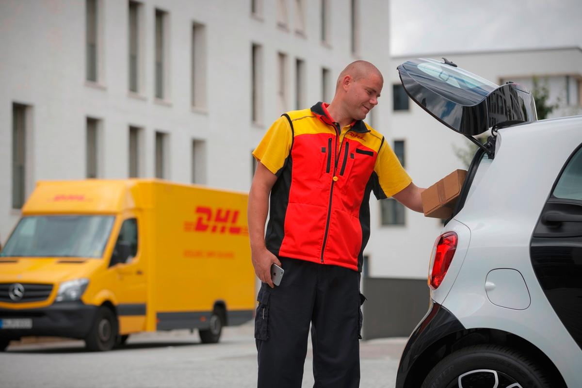 Smart claims that the Smart Ready to Drop trial is the biggest of an in-car delivery service ever carried out in Germany