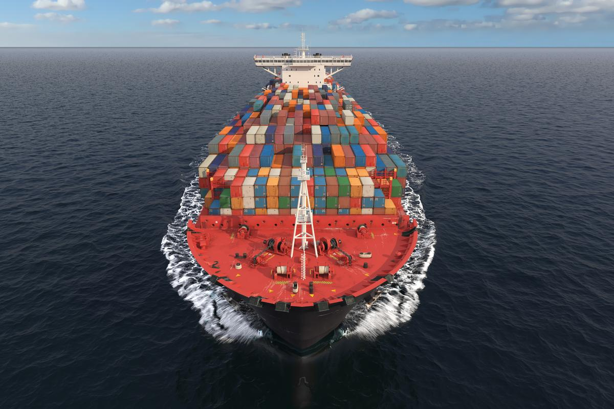 Long-haul shipping could be decarbonized relatively quickly and painlessly, says a Northwestern University research team, using solid oxide fuel cells, electric propulsion and onboard carbon capture