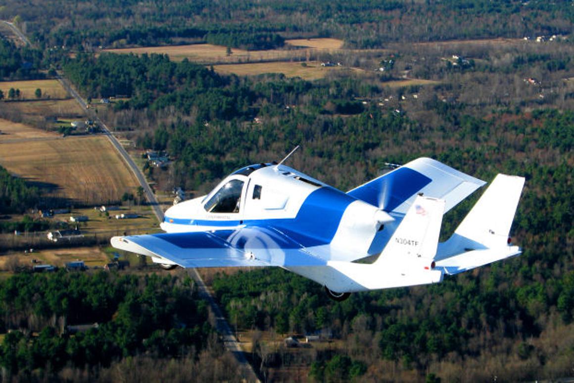 Terrafugia flying car during Phase I flight test (Photo: Terrafugia)