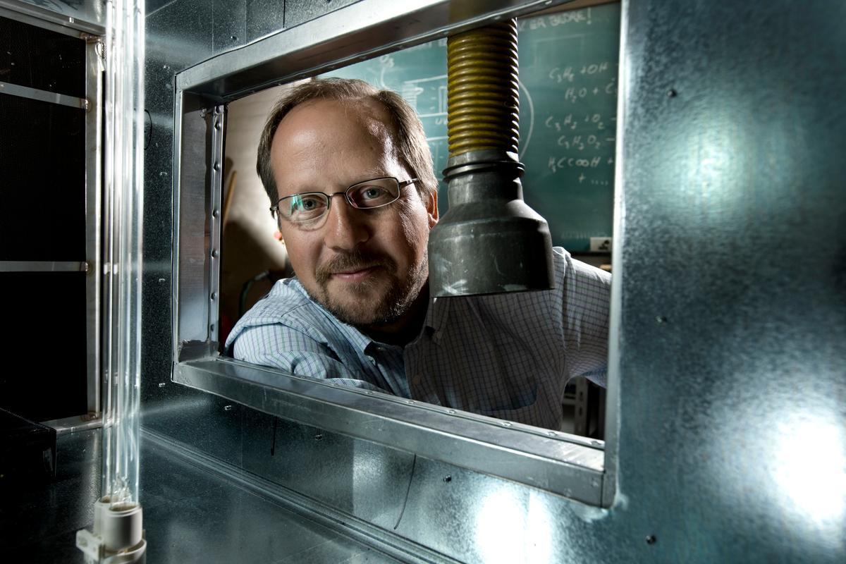 The University of Copenhagen's Prof. Matthew Johnson, inventor of the Cleanair system