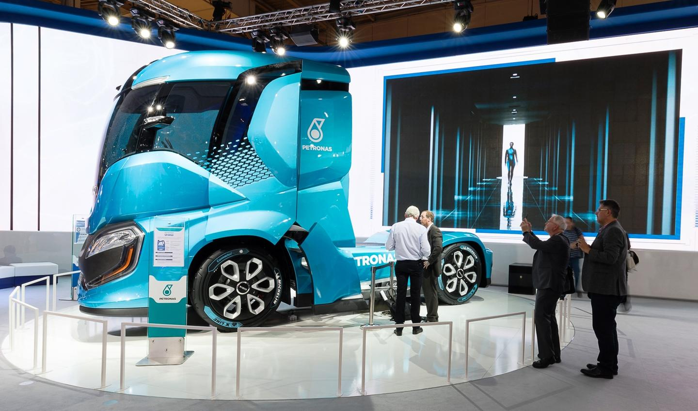 The Z Truck is powered byliquefied natural gas (LNG), in the form of bio-methane