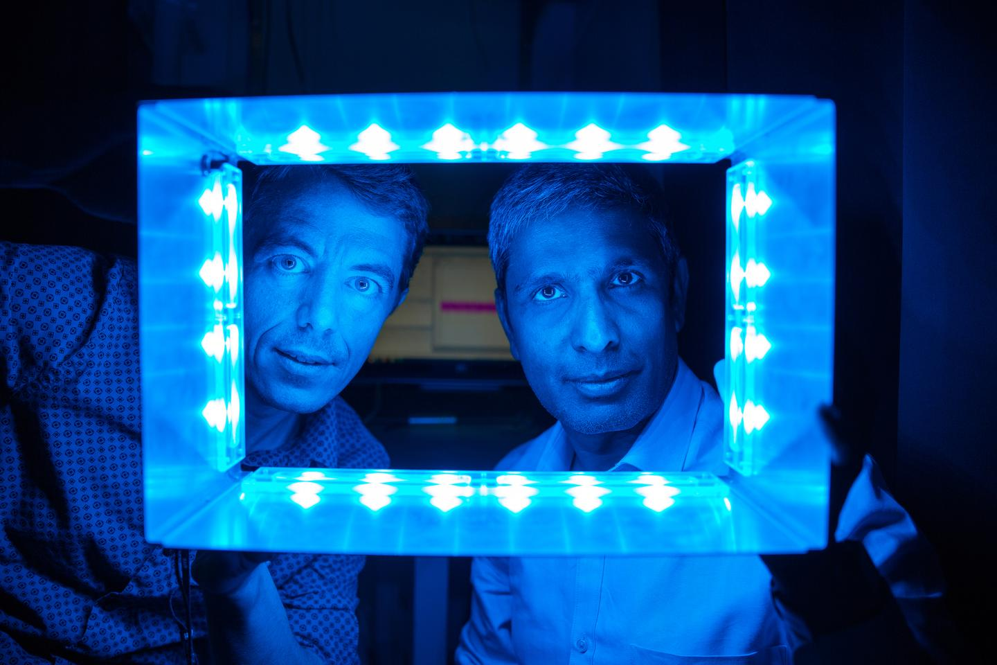 Salk researchers Ludovic Mure and Satchidananda Panda hope to find new treatments that can mitigate the disruptions artificial light from our screens is causing to our circadian rhythms