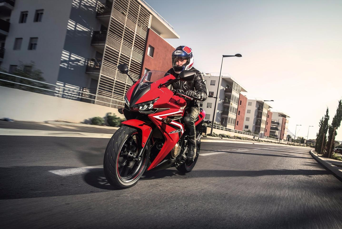 The Honda CBR500R features a selection of upgrades designed to enhance both every day practicality and sport riding efficiency