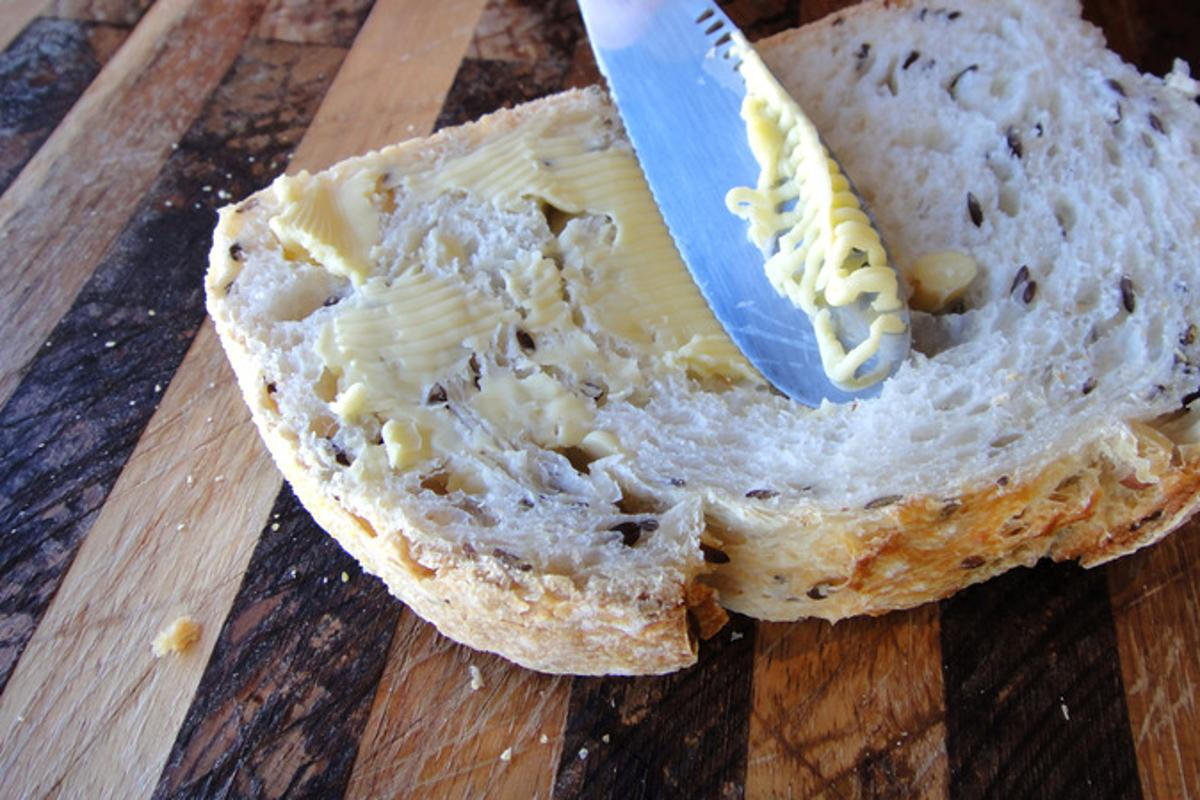 The ButterUp butter knife has a built-in grater to make cold butter easier to spread
