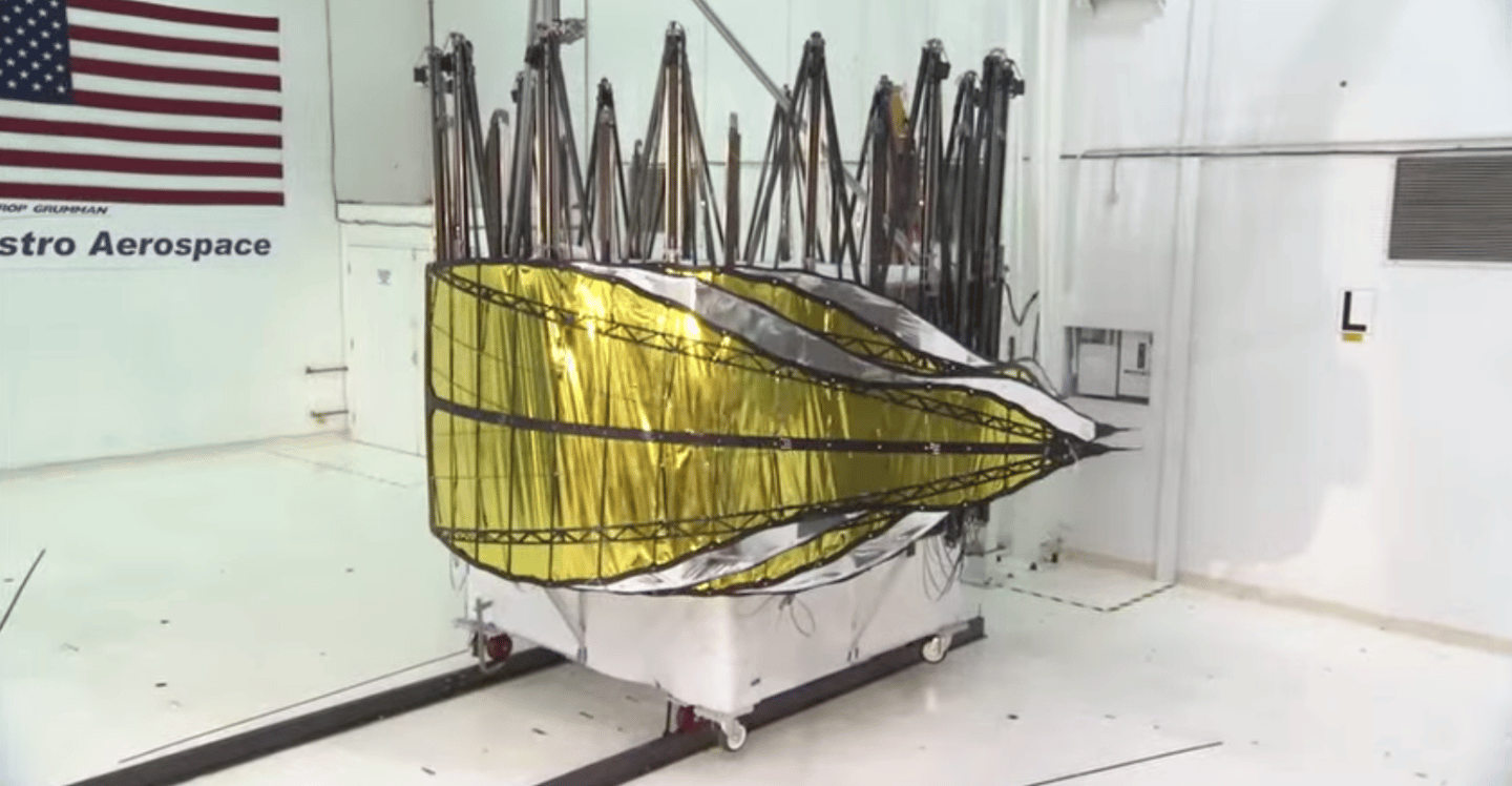 Test version of Starshade folded up (Image: NASA)