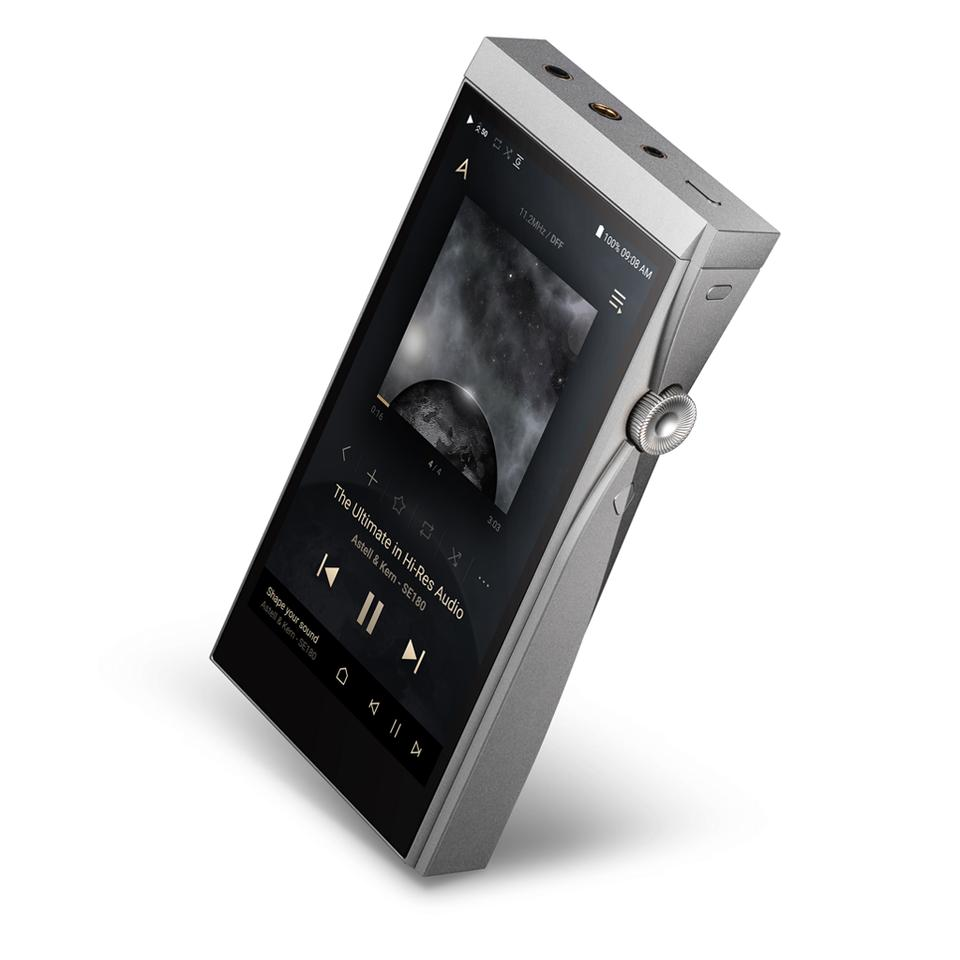 The A&futura SE180 wears a similarly blocky vibe to other audio players in Astell&Kern's product line