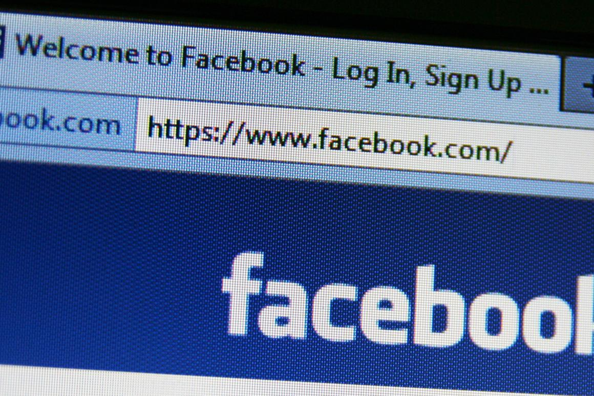 How to stop the autoplay videos in your Facebook feed (Photo: Annette Shaff / Shutterstock.com)