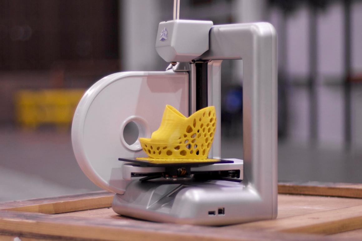 3D Systems' Cubify 3D printer is ready to work right out of the box