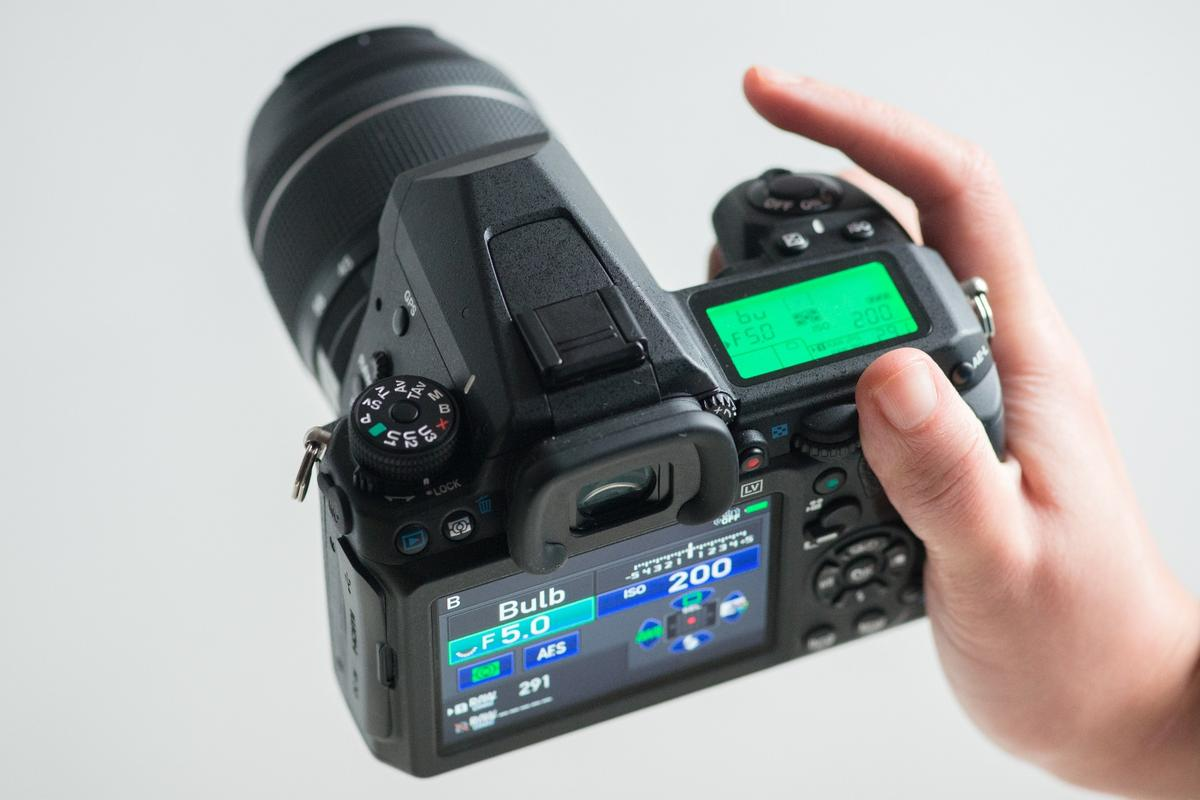 Gizmag reviews the flagship Pentax K-3 II DSLR
