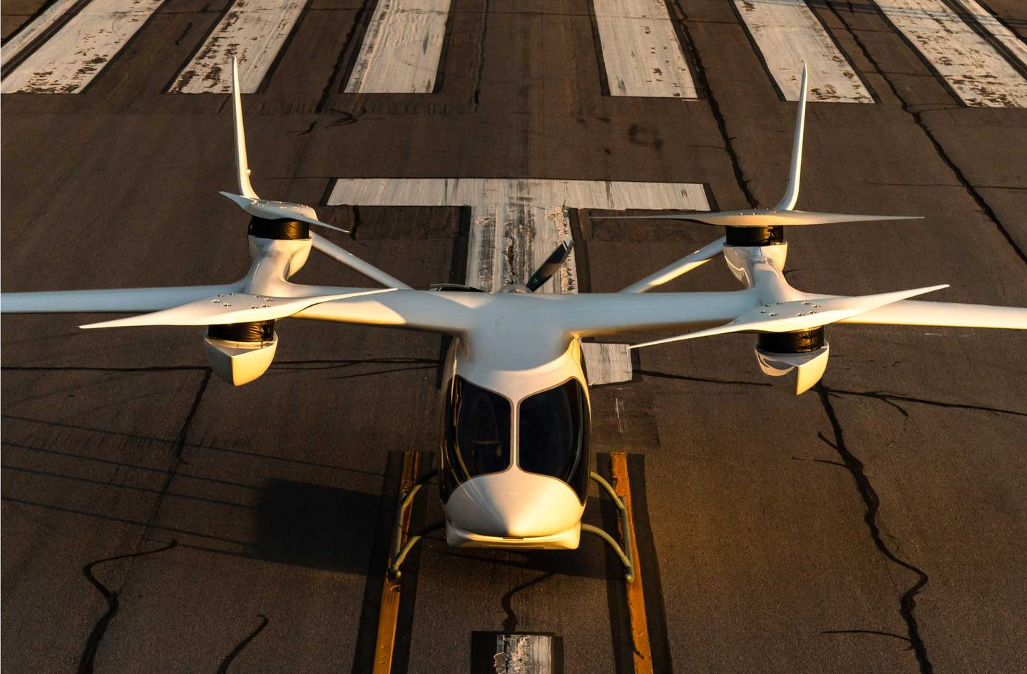 The Aria-250 will go into production in five-passenger air taxi and single-seat cargo versions