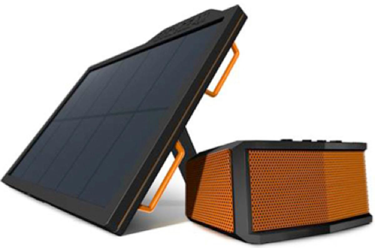 The Ecosmart 4000 Bluetooth speaker and standalone solar panel