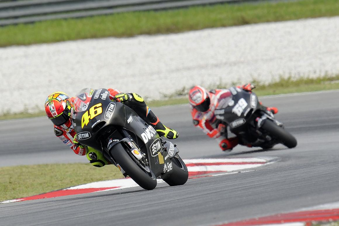Valentino Rossi (46) and Nicky Hayden (69) testing at Sepang