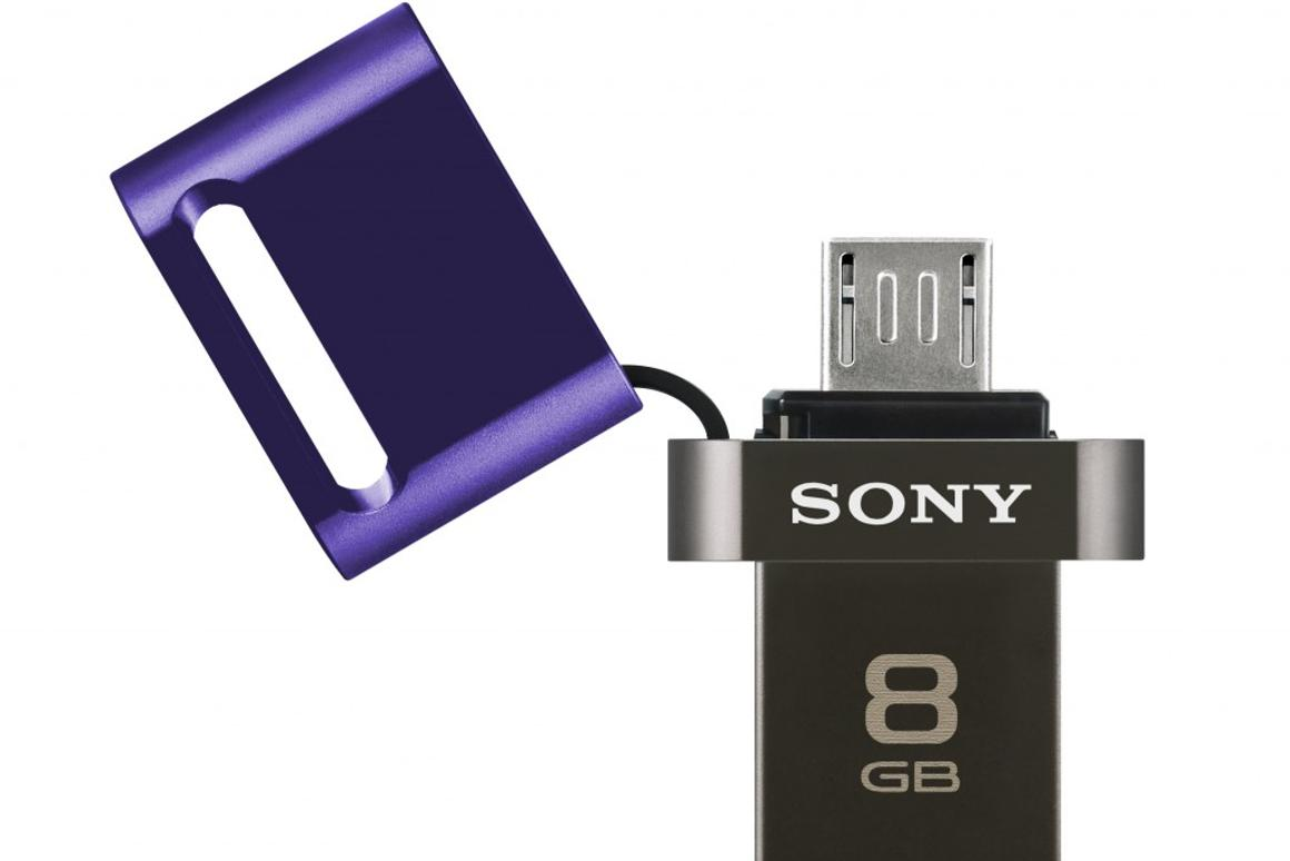 The USM-SA1 flash drive from Sony features both full-size and micro USB plugs