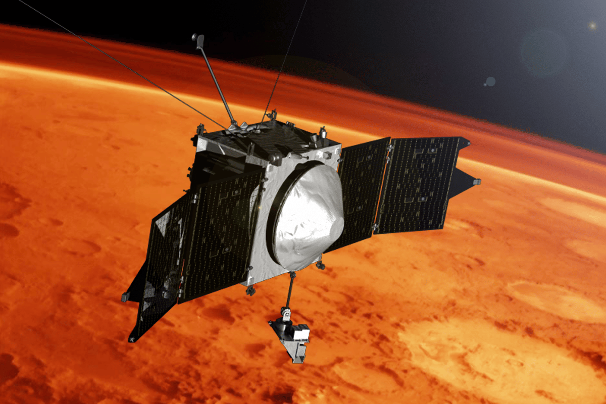Artist's concept of the MAVEN spacecraft (Image: NASA's Goddard Space Flight Center)
