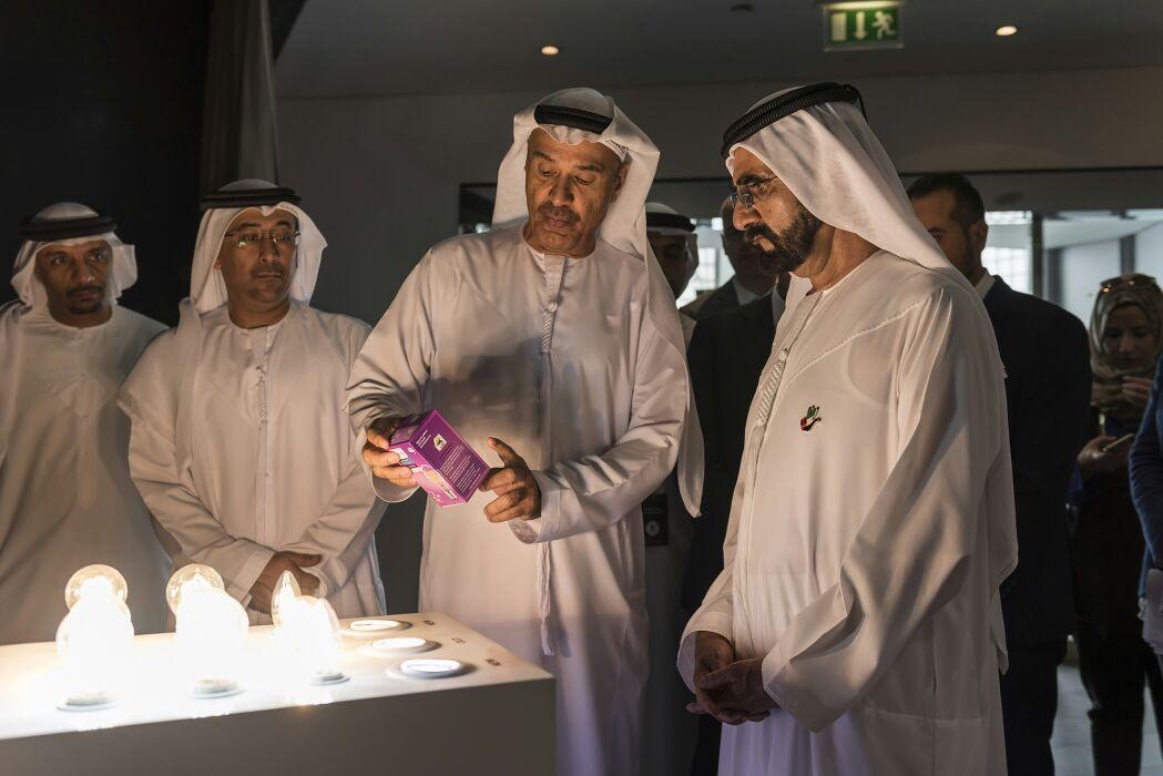 Sheikh Mohammed bin Rashid Al Maktoum (right), Prime Minister of the UAE and Ruler of Dubai and Hussain Nasser Lootah, DG of Dubai Municipality with thePhilips Dubai Lamp