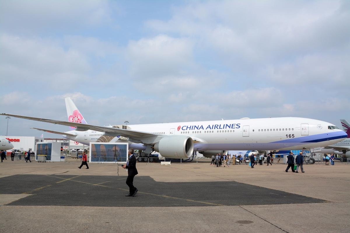 A Boeing 777-300 ER commanding quite a lot of static display space at Le Bourget